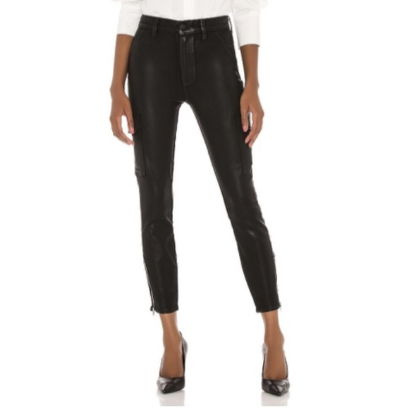 7 For All Mankind Coated Skinny Cargo In Black Sz. 25.